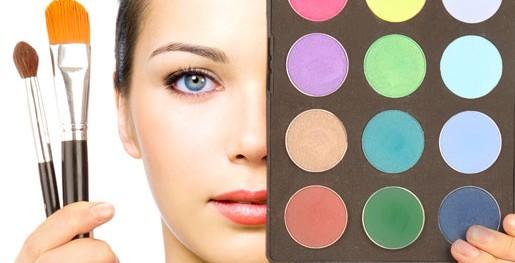 10-secrets-I-learned-at-makeup-artist-school-00
